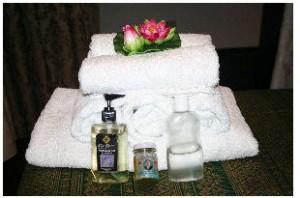 Unsere Aroma Öle. Sie haben die Auswahl zwischen Lavendel Öl und Jasmin Öl.